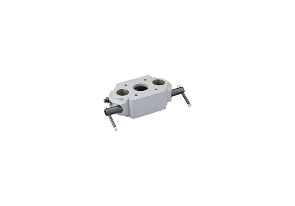 Vinten 34017-1A Scaff Clamp with 4x Bolts